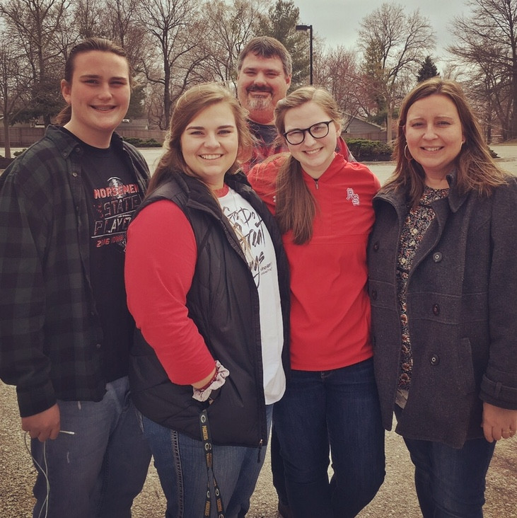 The Hennager Family (from L-R) Jake, Shelby, Craig, Maddie, and Cheri