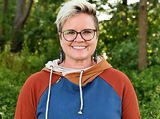 Julie Van Hove Head Shot 2021.JPG
