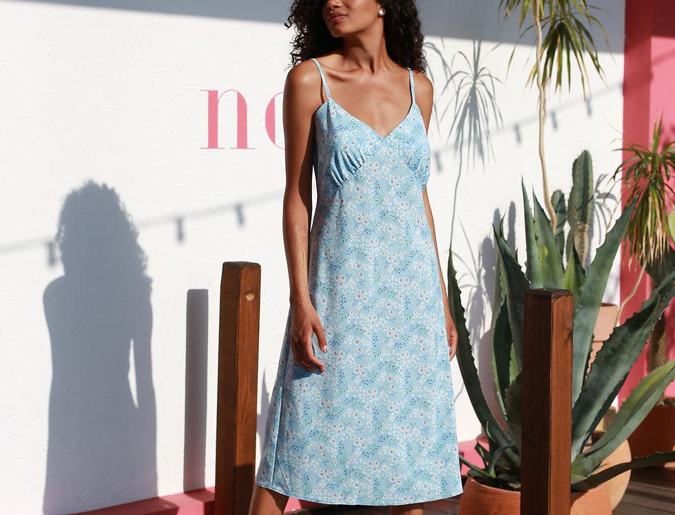Платье-комбинация в цветочный принт голубое