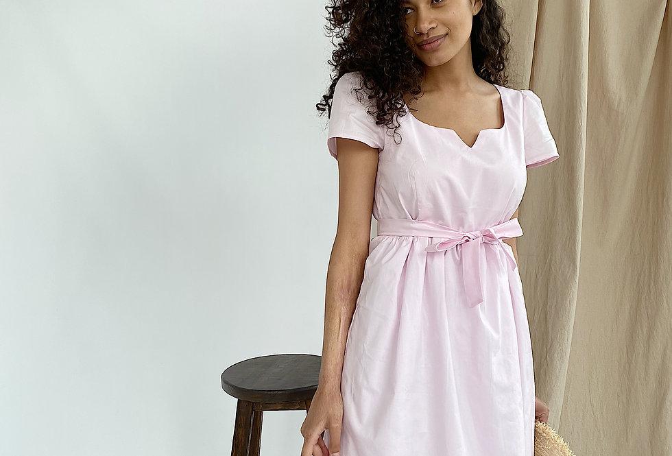 Платье из х/б поплина на подкладе с очень красивым вырезом зефир