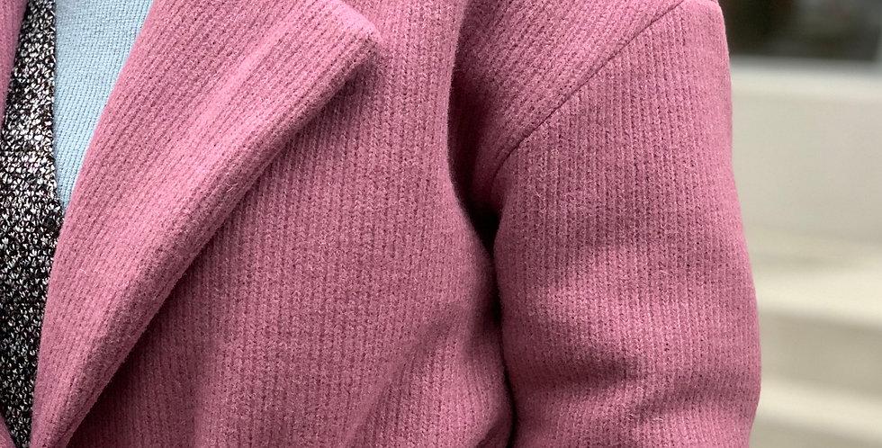 Пальто зимнее с мехом розовое