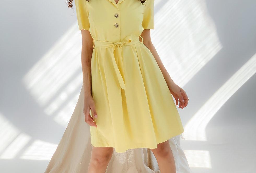 Платье пышный рукав на пуговицах желтый