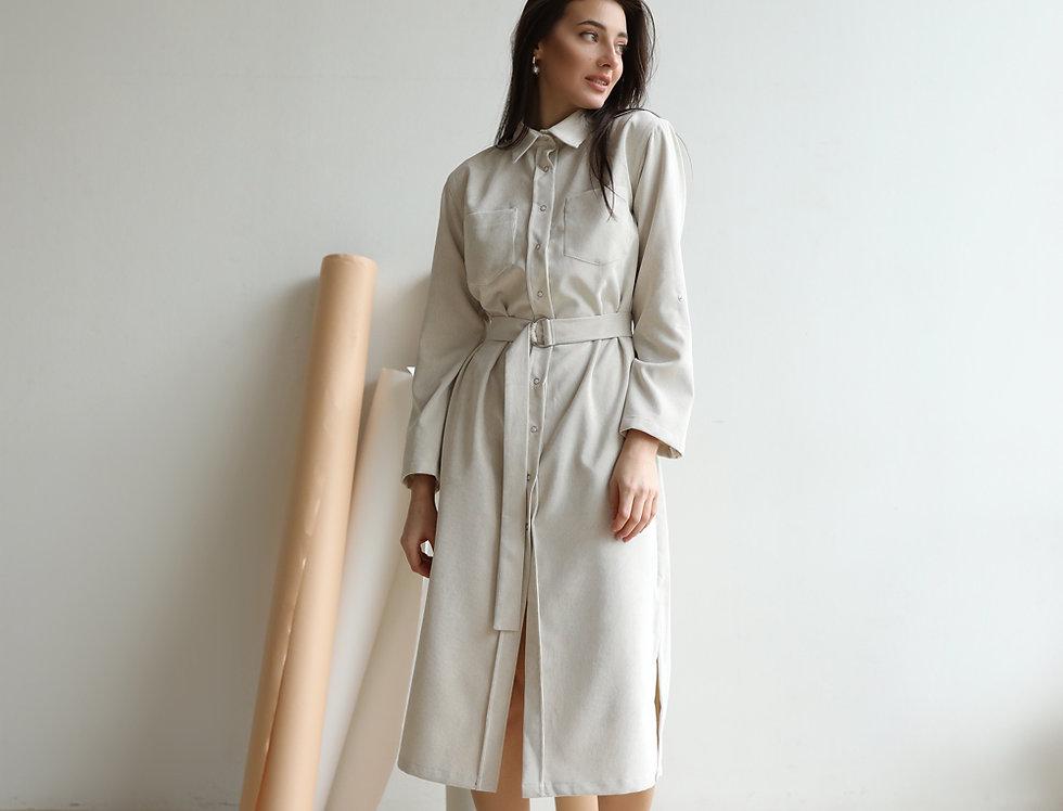 Платье-рубашка из микровельвета молочное