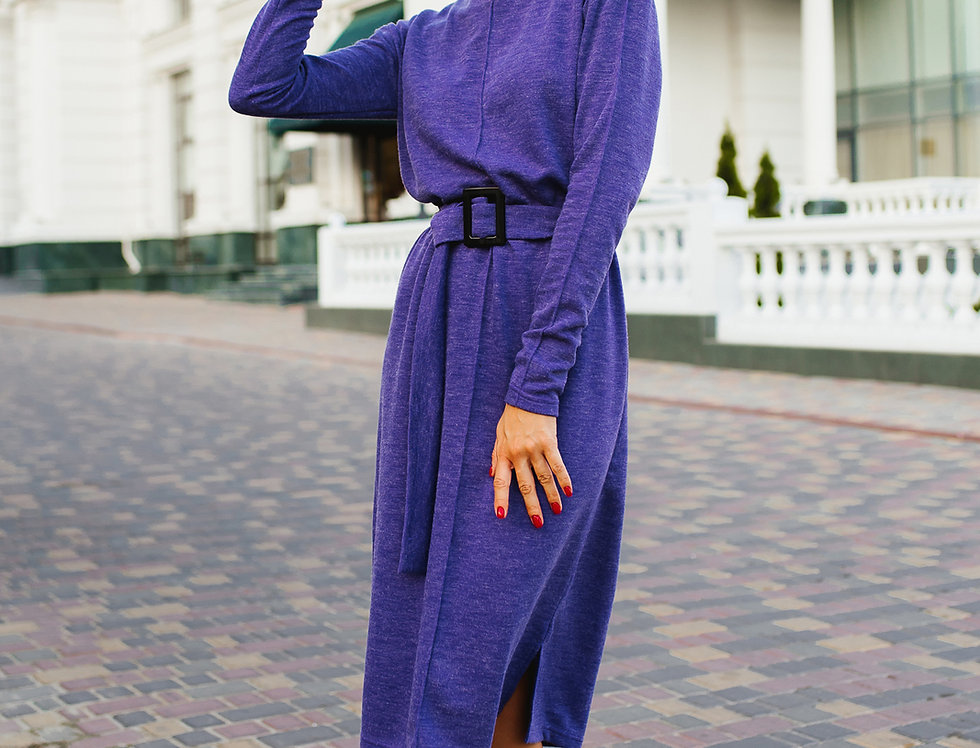 Платье Ровного кроя с контрастной пряжкой фиолет