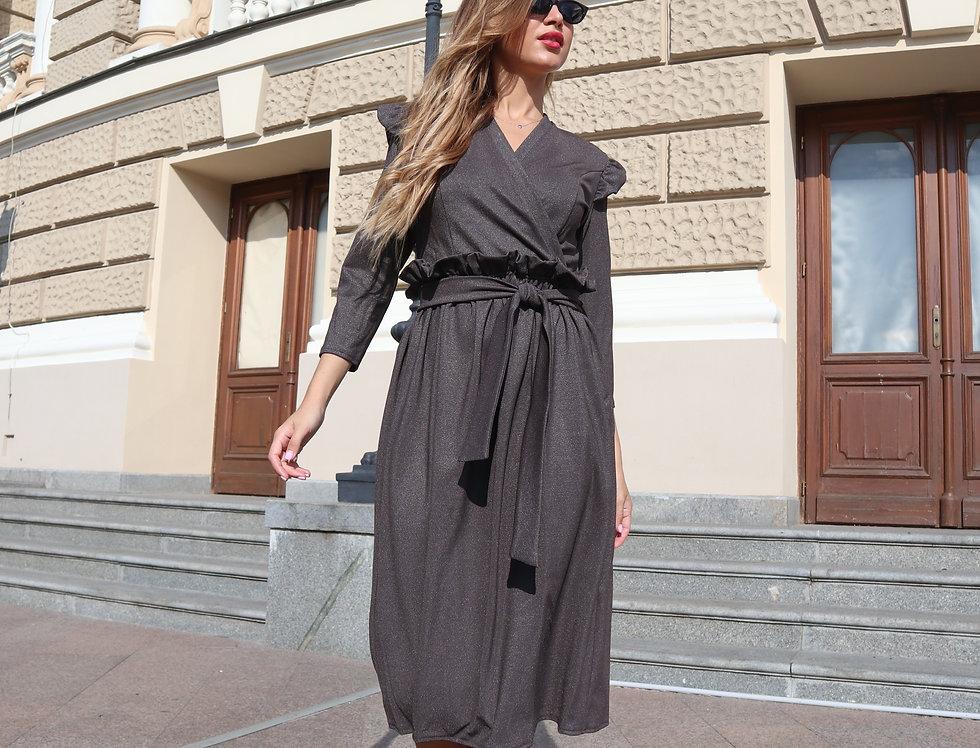 Платье с оборкой и крылышками графит