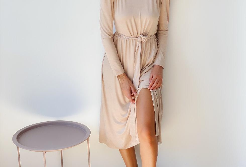 Платье-чулок бежевое