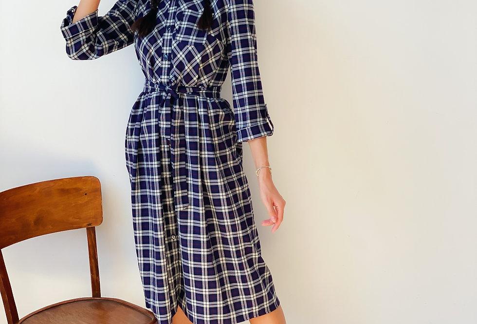 Платье рубашка в клетку на пуговицах синяя