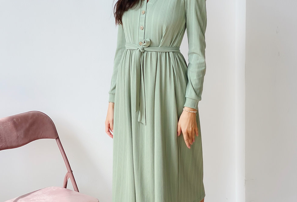 Платье из плотного трикотаж резинки фисташка