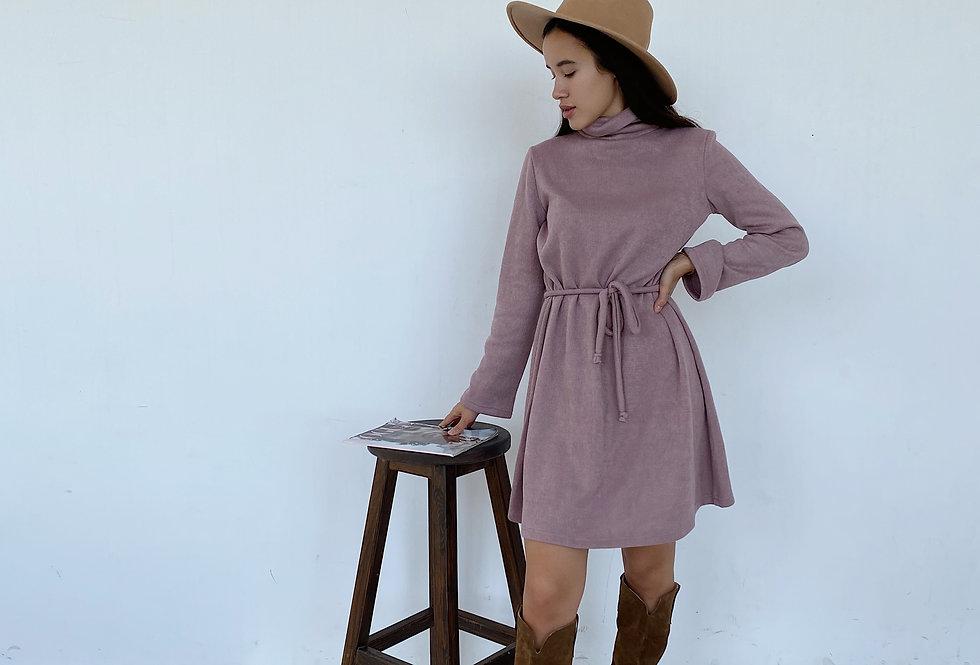 Платье Вязка со свободными рукавами розовое