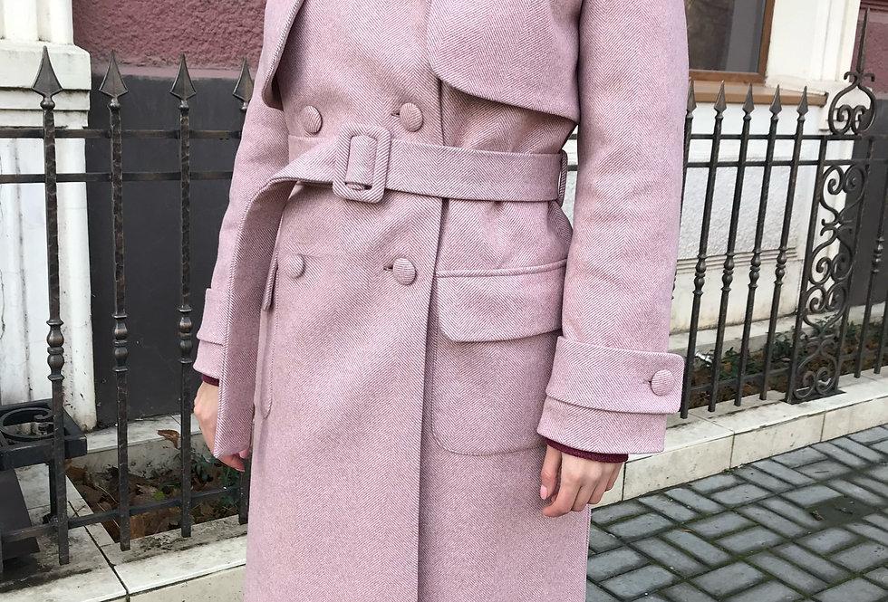 Пальто зимнее двубортное пудра