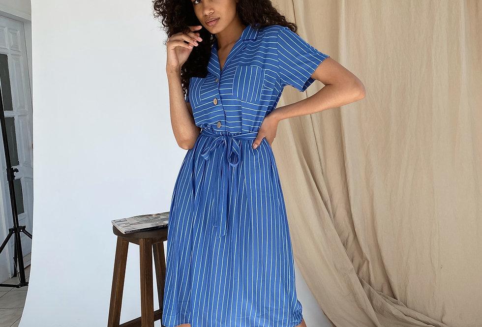 Платье в полоску из легкого трикотажа синее