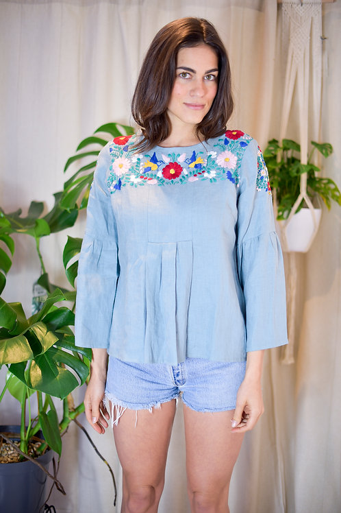Large / 100% Linen hand embroidery blouse