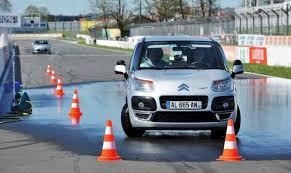 Sécurité routière: Les stages de récupération de points font le plein... et ce n'est qu'un d