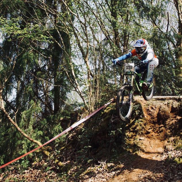Pignon Cycle Klub - Tony Bellec.JPG