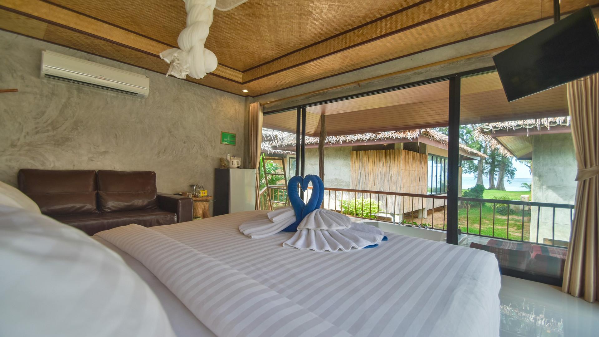 Deluxe Seaview Villa Main.jpg