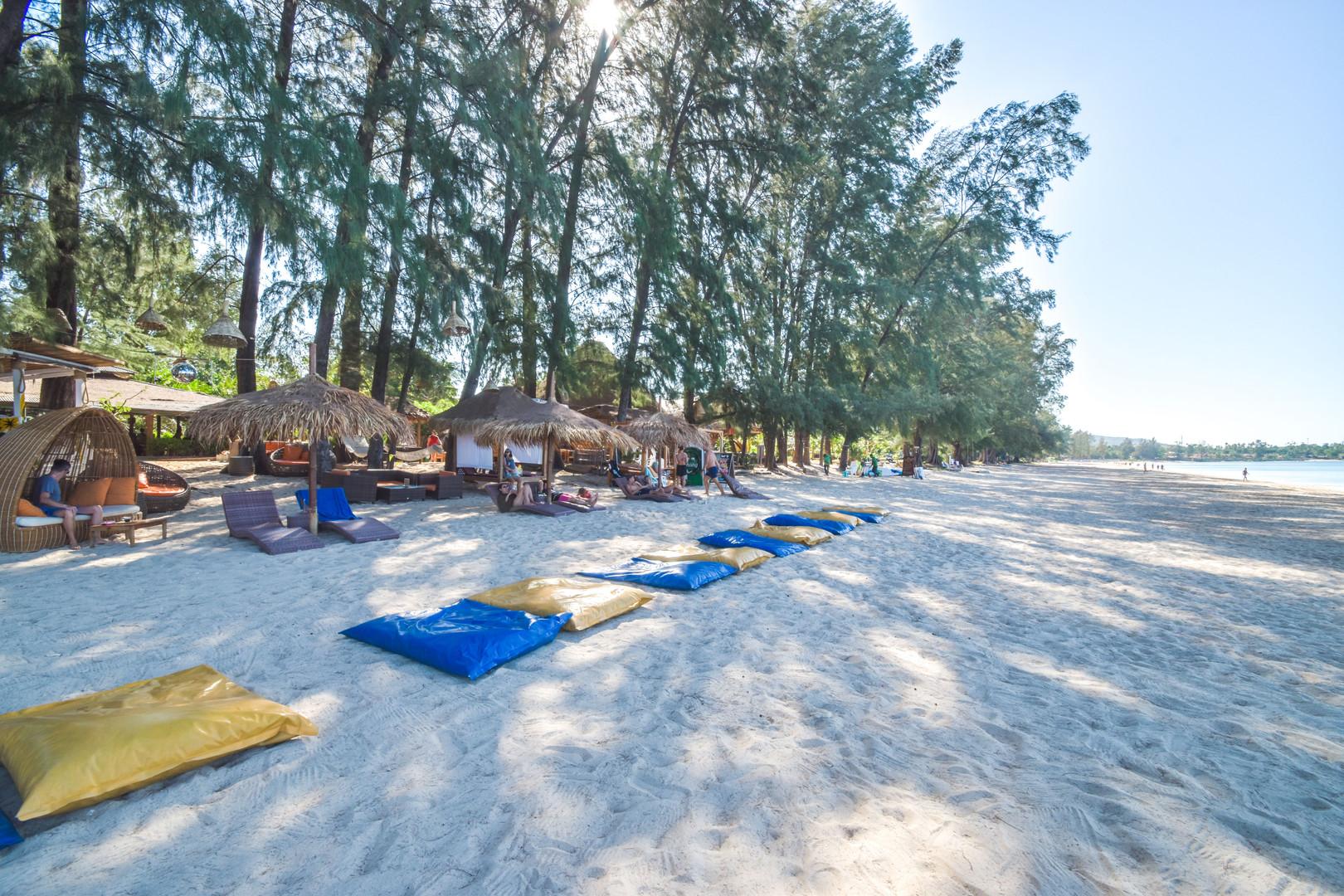 Beach2020 5.jpg