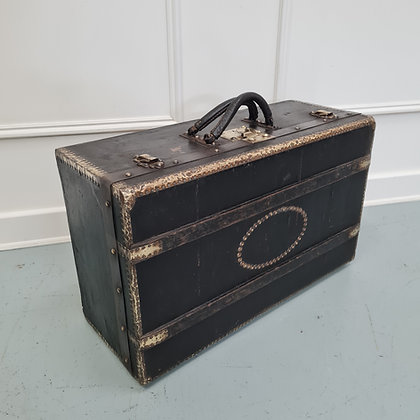 Beautiful French Leather Gentleman's Suitcase C1900
