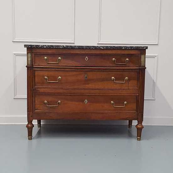 Early French Chest of Drawers c1790
