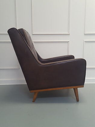 Beautiful Vintage Leather Chair C1980