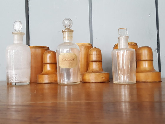 Antique Box Wood Bottle Holders