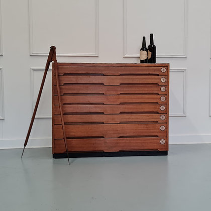 Stylish Vintage Plan Chest c1960