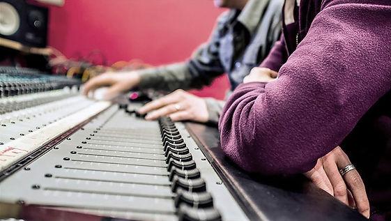 MEL Studio Enregistrement Mixage Mastering Paris