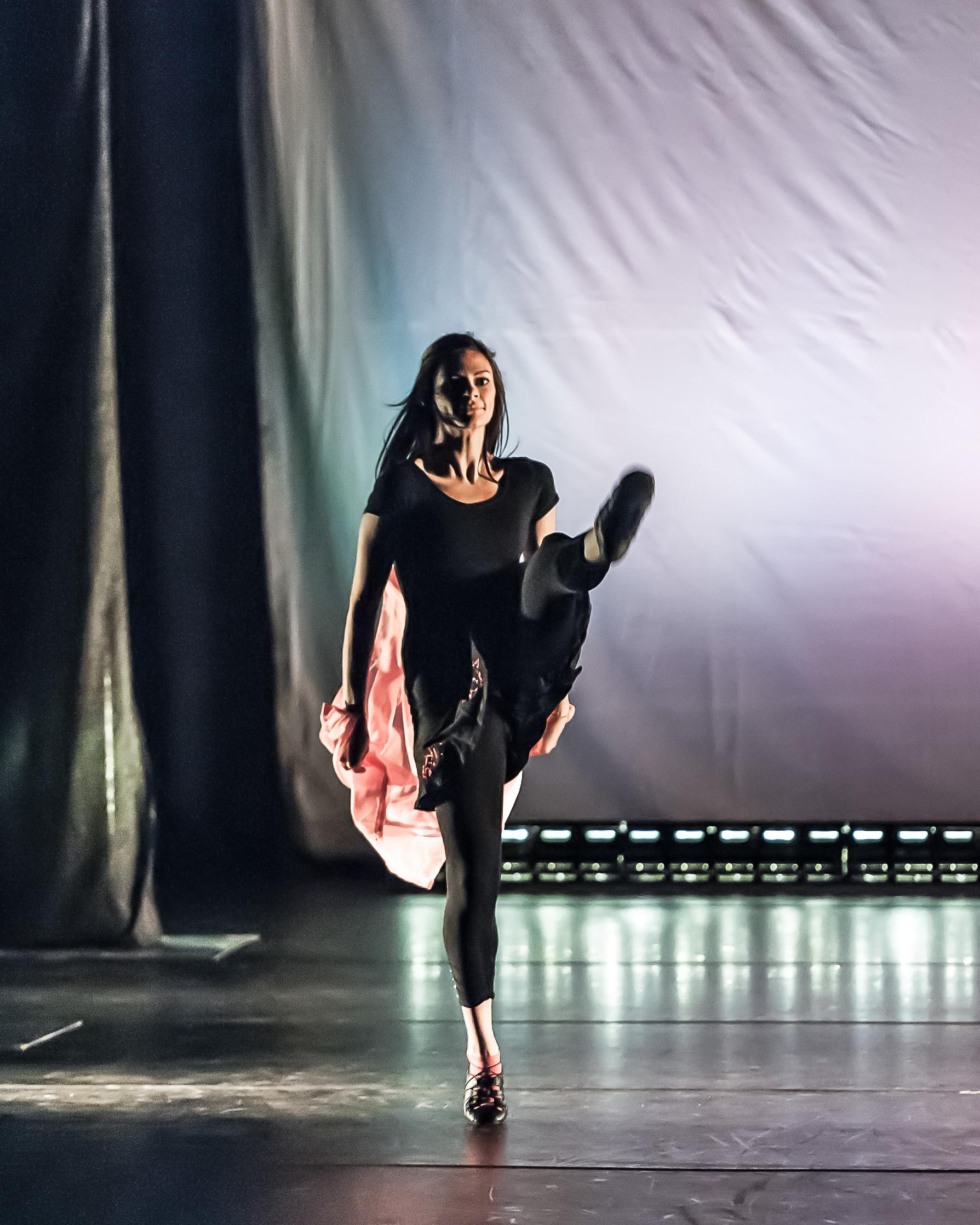 100214SS7_4679_632_Bailando DanceJPG