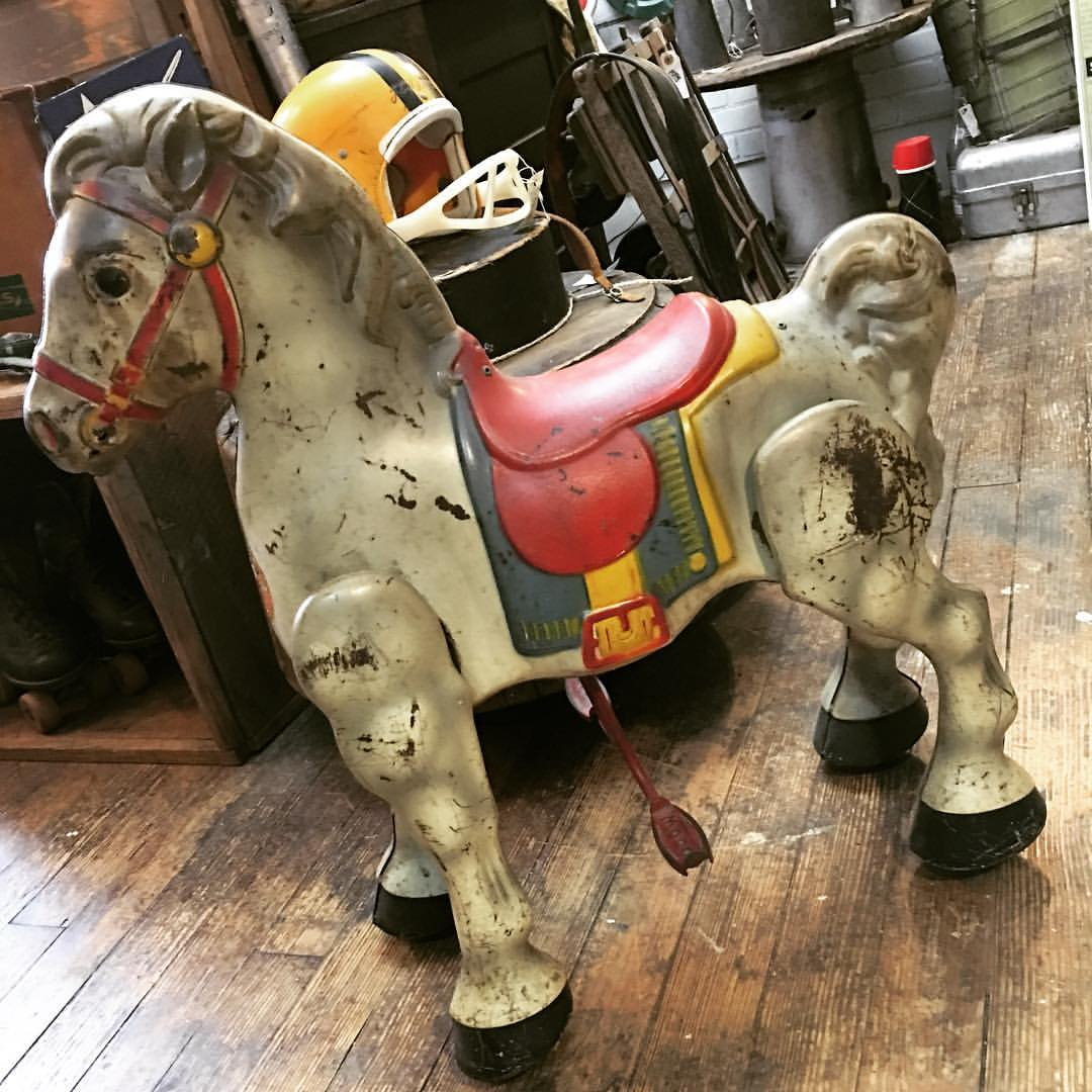 GOLDSTONE_picker_pick_blog_mocaby_moveonpickon_antique_toy_horse_rocking