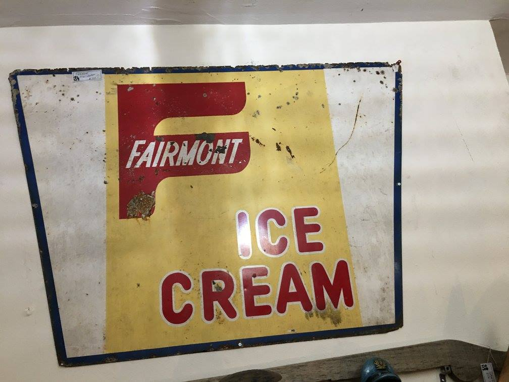 GOLDSTONE_picker_pick_blog_mocaby_moveonpickon_fairmont_ice_cream_sign