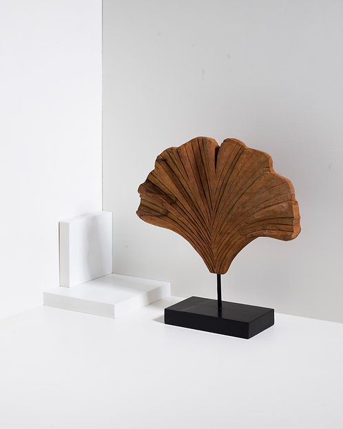 Ginkgo Biloba Blatt Holzfigur