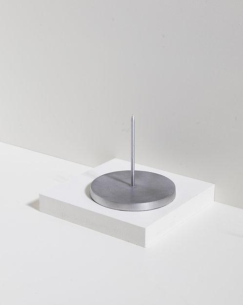 Memohalter / Zettelspießer in gebürstetem Silber