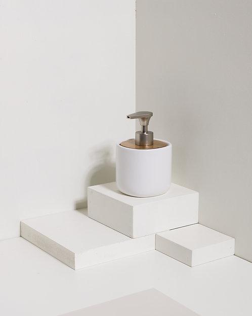 Keramik- und Holzspender