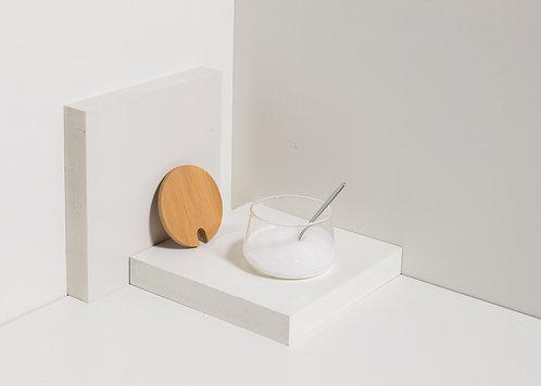Glaszuckerdose mit Bambusdeckel und Löffel