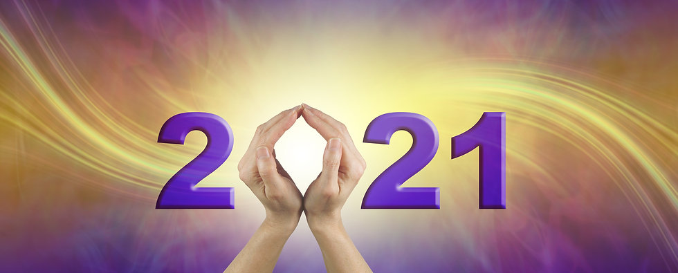 Looking ahead into 2021 - female hands m