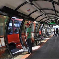 O pioneirismo do BRT de Curitiba