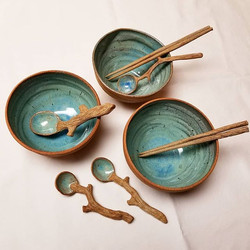 Ramen Bowls with Wood-Look Cutlery