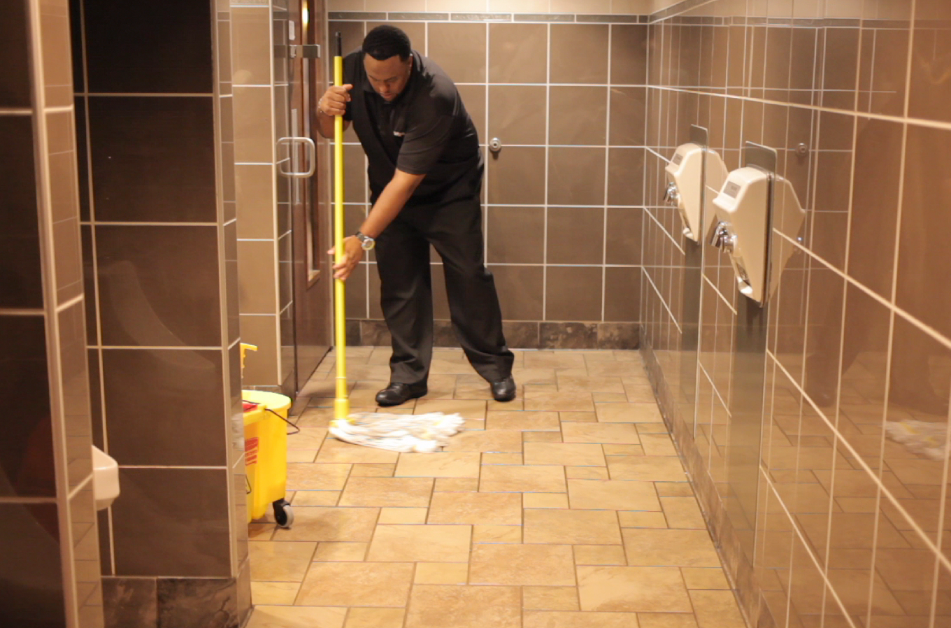 restroom-mopping