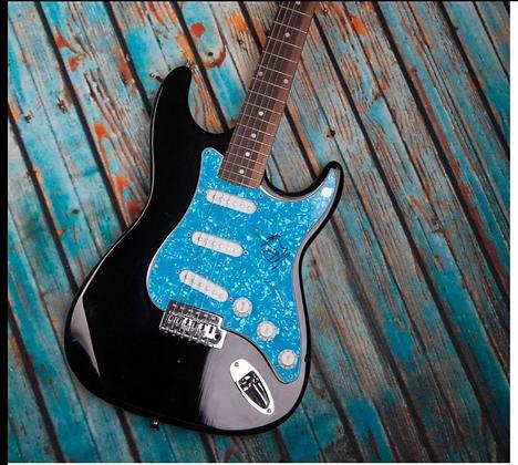 GFA DMB Frontman * DAVE MATTHEWS * Signed Full Size Electric Guitar COA