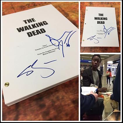 GFA Sara Wayne Callies x3 * THE WALKING DEAD * Signed Full TV Script PROOF COA