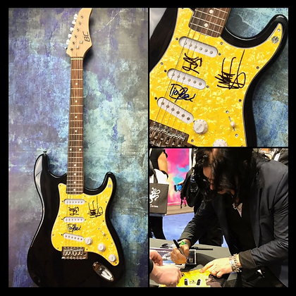 GFA Dizzy, Gilby, Matt Sorum * GUNS N' ROSES * Signed Electric Guitar PROOF COA