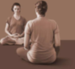 aula-yoga-sepia.jpg