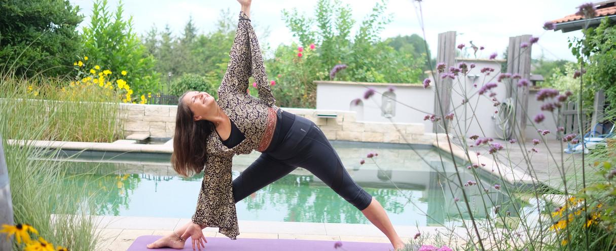 Kerstin Mairhofer Yoga D37.JPG