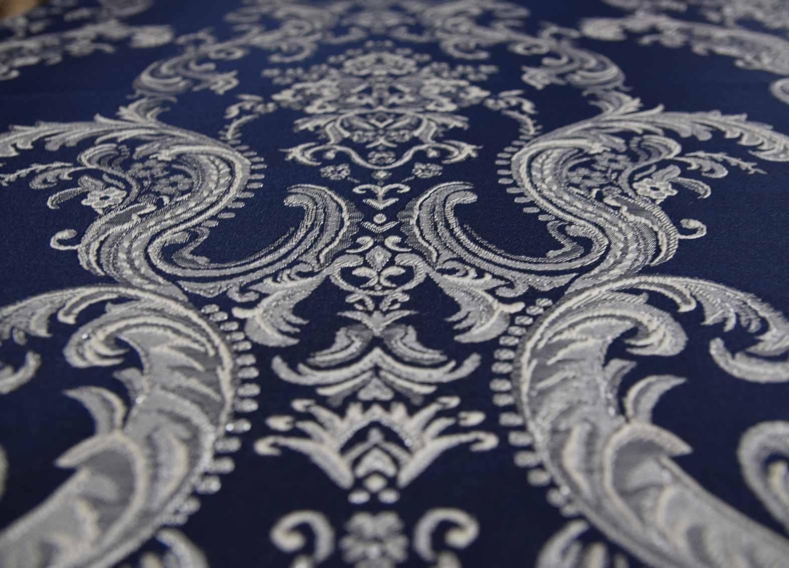 корона штор синего цвета жаккард