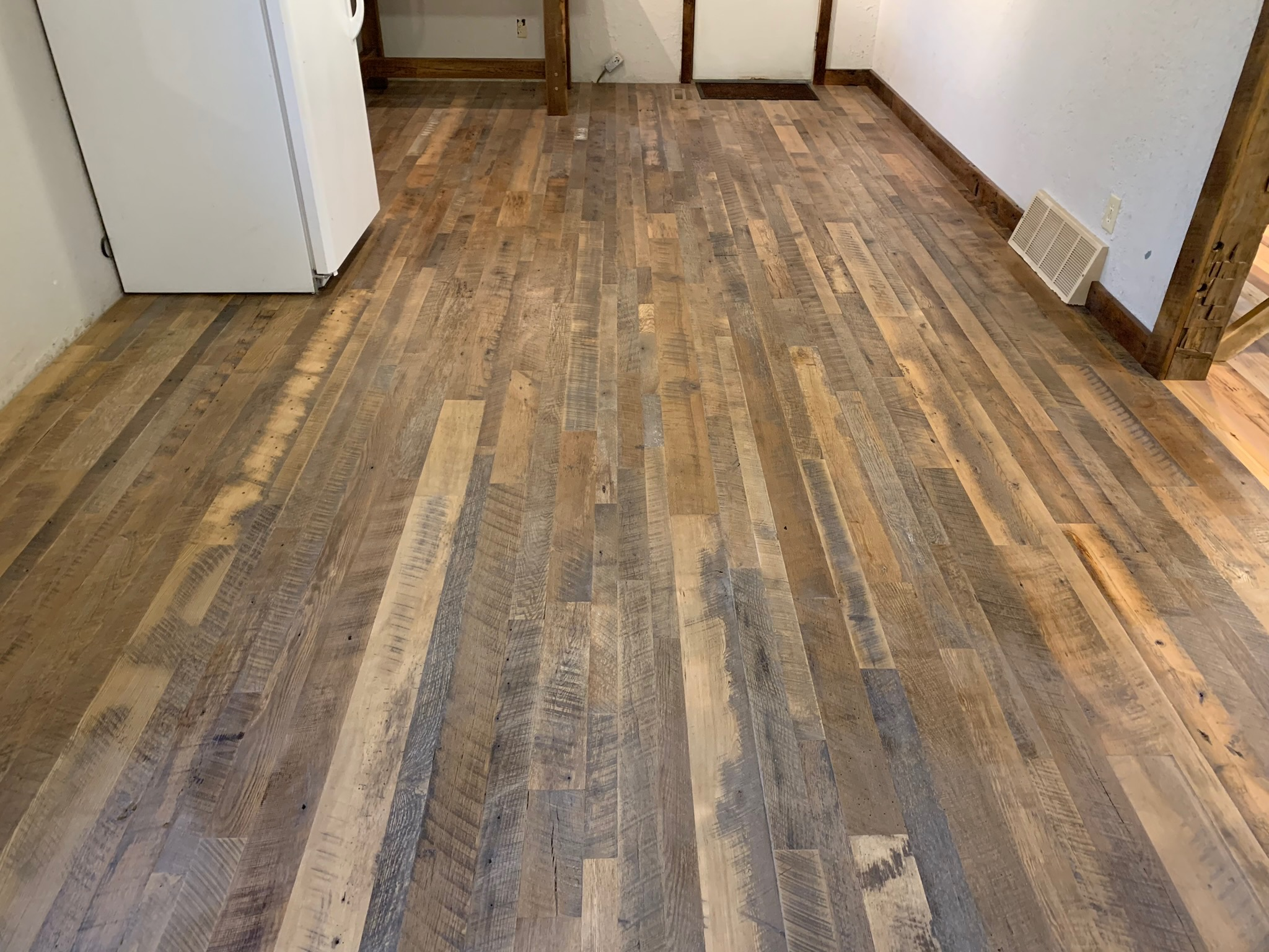 Skip Planed Flooring