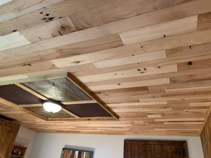 Reclaimed Center Cut Accent Ceiling