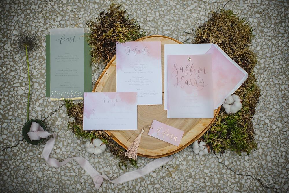 Wedding invites | wedding stationery | when to send your invites