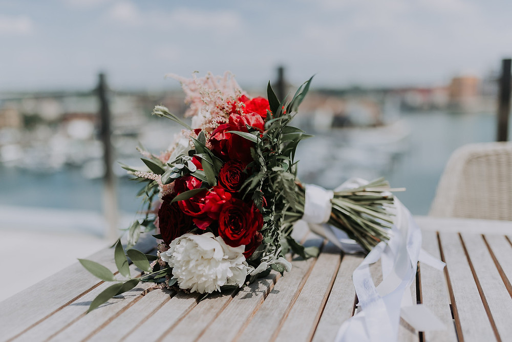 Bridal bouquet | Stylish Flowers | Wedding Planning