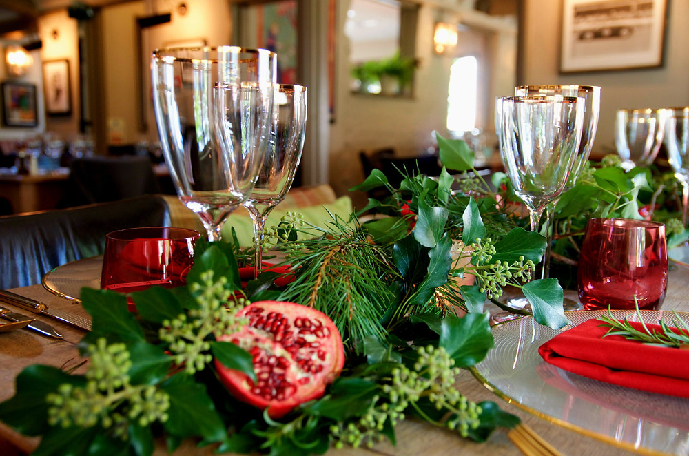 greenery table styling, foliage, event planner
