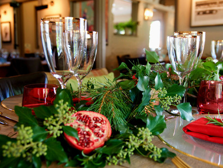 Inspiration for styling your Christmas table