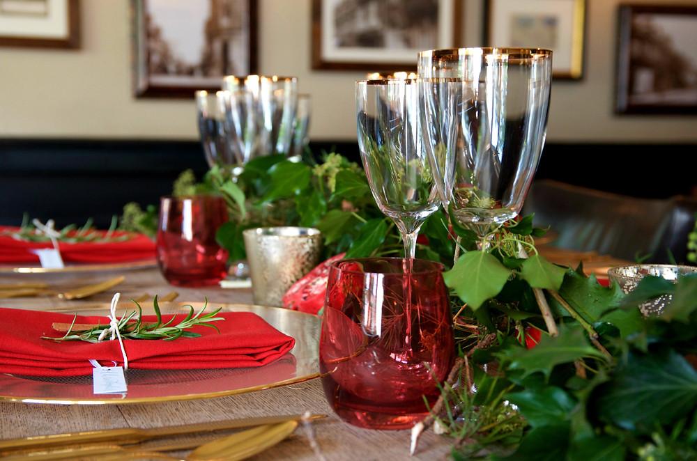 tablescape, christmas, bluebird creative, event planner, planning